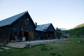 dunton-hot-springs-resort-spa-wedding-site