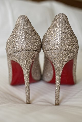 crystal-christian-louboutin-bridal-shoes-with-red-soles