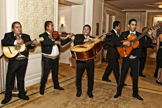 mexican-wedding-mariachi-band-at-hotel-venue