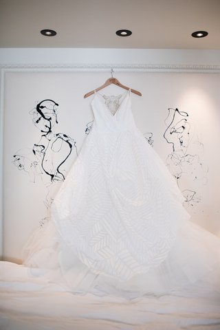 hayley-paige-wedding-dress-with-v-neck-and