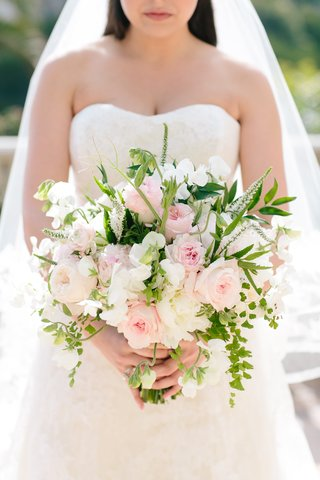 bouquet-with-pink-roses-white-freesias-and-greenery