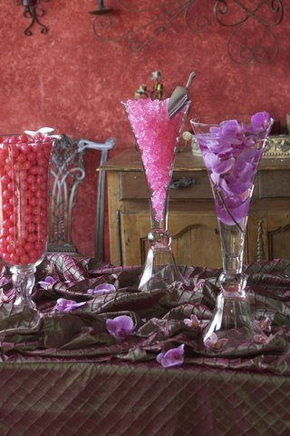 crystal-vessels-filled-with-pink-sweets
