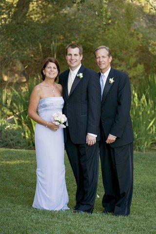 lilac-mother-of-the-groom-dress-and-father