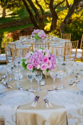 pink-and-green-flowers-with-lace-napkins