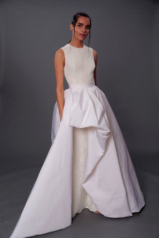 isabelle-armstrong-fall-2019-bridal-collection-wedding-dress-genevieve-lace-gown-detachable-skirt