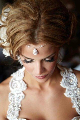 pamela-pogue-jeweled-forehead-accessory