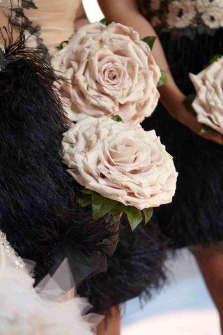 pink-rose-glamelia-bridesmaid-bouquet
