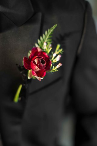 classic-bold-red-boutonniere-groom-look-vintage-hempstead-house-wedding-styled-shoot