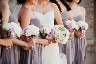white-and-purple-rose-floral-bouquets-with-succulents