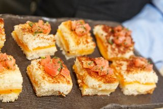 miniature-grilled-cheese-sandwiches-with-diced-tomato-served-at-the-waldorf-astoria-chicago
