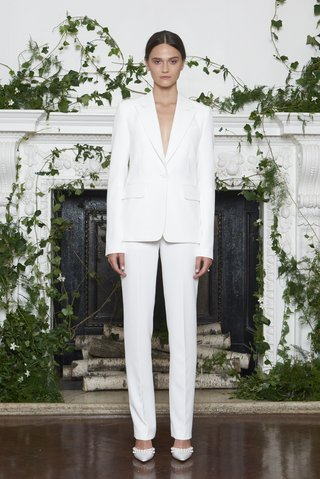 monique-lhuillier-fall-2018-white-stretch-crepe-tailored-pant-suit-with-one-button-tuxedo-jacket