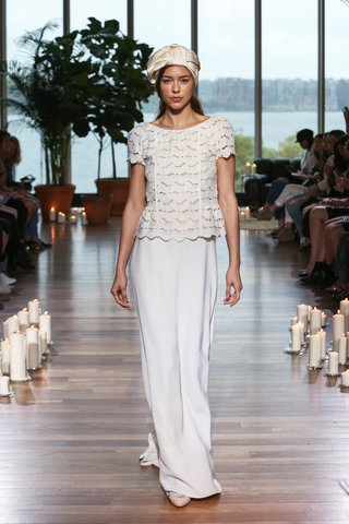 laure-de-sagazan-fall-2018-eyelet-top-short-sleeves-scalloped-hemline-simple-sheath-skirt