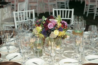 vibrant-flower-display-on-reception-table
