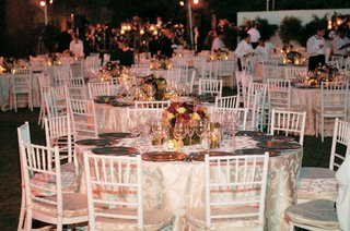 table-decor-for-backyard-wedding