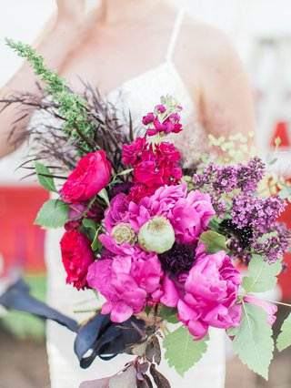 bright-colorful-bouquet-pink-purple-california-boho-chic-wedding-styled-shoot-eclectic-feminine-bold
