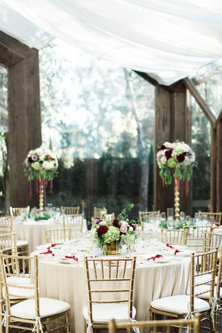 calamigos-ranch-oak-room-wedding-reception-with-wooden-beams-and-tall-windows