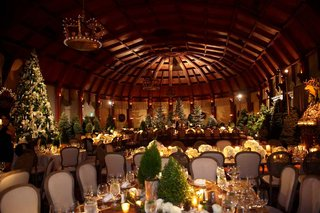 crown-chandeliers-and-christmas-trees