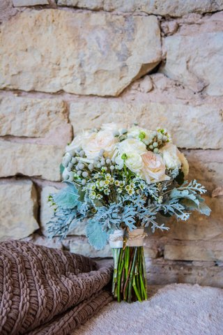 white-ranunculus-white-rose-and-dusty-miller-bouquet
