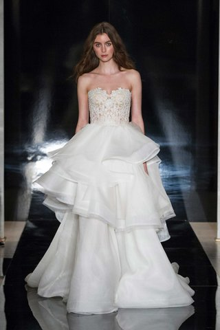 reem-acra-spring-2017-strapless-wedding-dress-lace-bodice-and-layered-tiered-organza-skirt