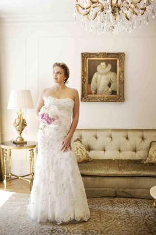 donatella-arpaia-wedding-dress-in-bridal-suite