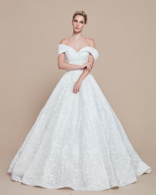 ebru-sanci-2018-bridal-collection-wedding-dress-ball-gown-off-shoulder-cuff-neckline-beading
