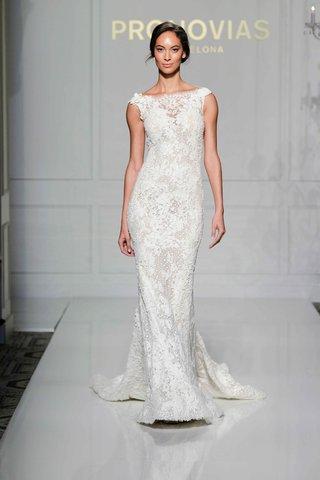pronovias-2016-lace-mermaid-wedding-dress-with-v-back