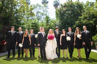 black-and-white-bridesmaid-and-groomsman-outfits