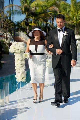 summer-black-and-white-dress-with-sun-hat-for-mother-of-groom