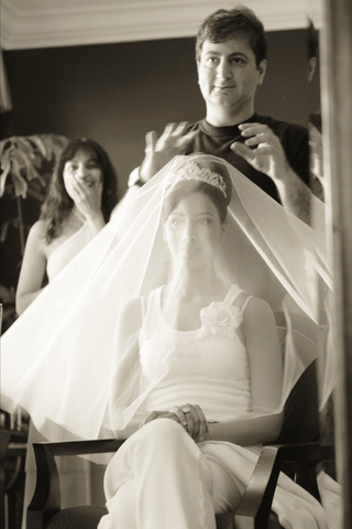 black-and-white-photo-of-bridal-loungewear
