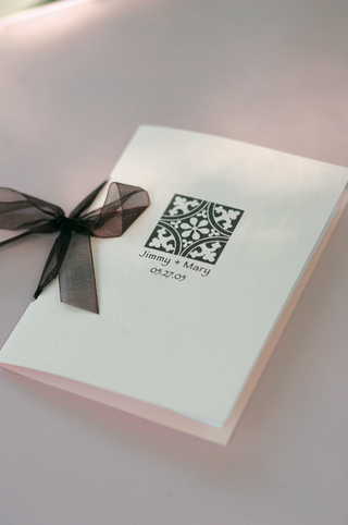 wedding-booklet-with-sheer-ribbon-tie