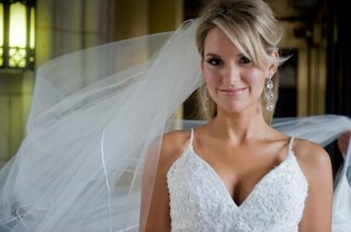 bride-with-natural-makeup-look