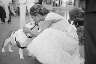 black-and-white-photo-of-english-bulldog-kis