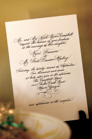 wedding-invitation-with-calligraphy