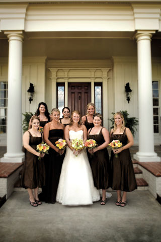 bride-in-a-vera-wang-gown-with-bridesmaids-in-brown-vera-wang-dresses