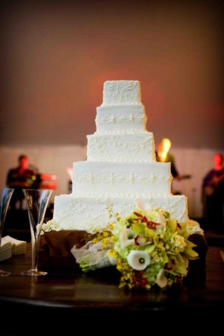 white-wedding-cake-with-lace-patterns