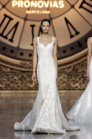 atelier-pronovias-2016-veracruz-wedding-dress