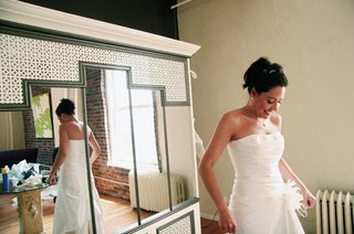 cymbeline-of-paris-wedding-dress-in-mirror