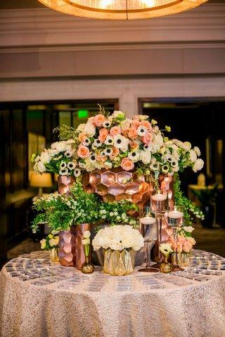 wedding-reception-round-table-acrylic-escort-cards-gold-rose-gold-honeycomb-vases-anemone-rose