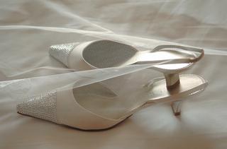 ivory-sling-back-wedding-heels-with-rhinestone-toe