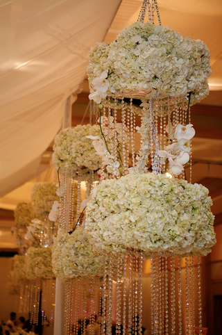 tent-wedding-chandelier-with-crystals-and-flowers