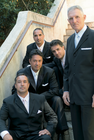 ron-darling-former-pitcher-for-the-ny-mets-and-his-groomsmen