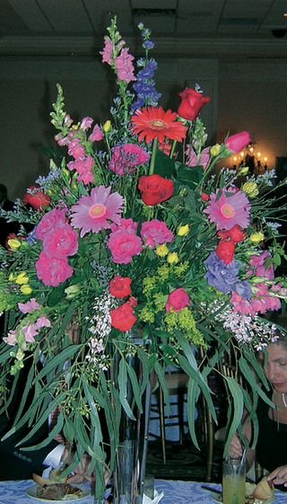reception-centerpiece-with-abundance-of-flower-types