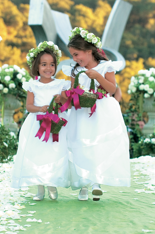 flower-girls-in-white-dresses-with-flower-crowns