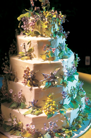wine-country-wedding-cake-with-grapes-leaves-vines-and-purple-flowers