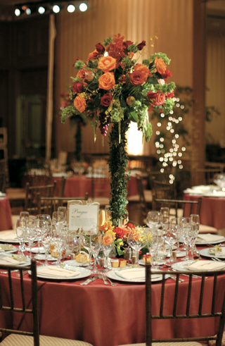 tall-centerpiece-with-red-and-orange-roses