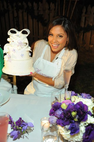 vanessa-minnillo-decorated-a-3-tier-cake