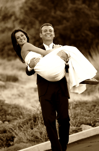 black-and-white-portrait-of-newlyweds