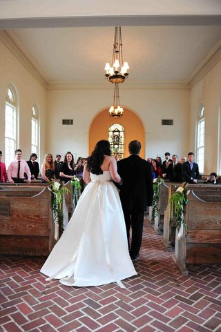 bride-walks-down-aisle-with-dad-at-small-savannah-chapel