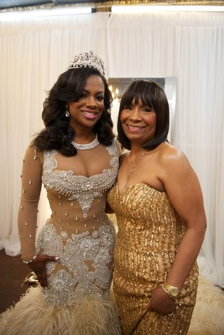kandi-burrusss-mother-in-gold-sequin-dress
