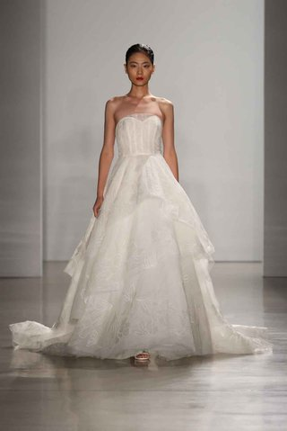 amsale-fall-2016-strapless-ball-gown-with-tiered-skirt